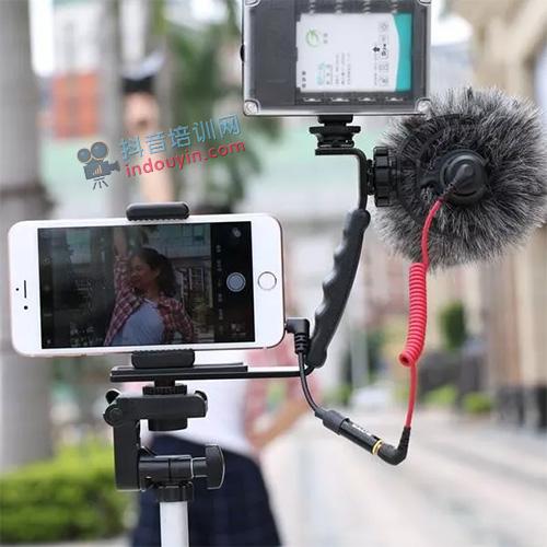 抖音直播设备需要哪些?手机直播必备设备推荐